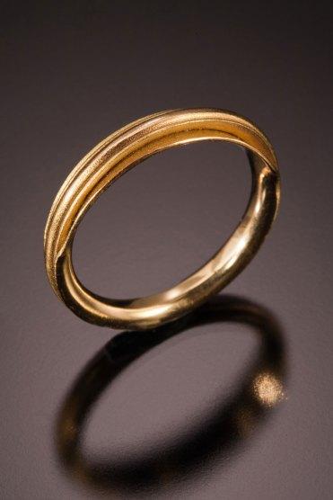 Nick Grant Barnes - 18k -14K - Wedding-band - fold formed