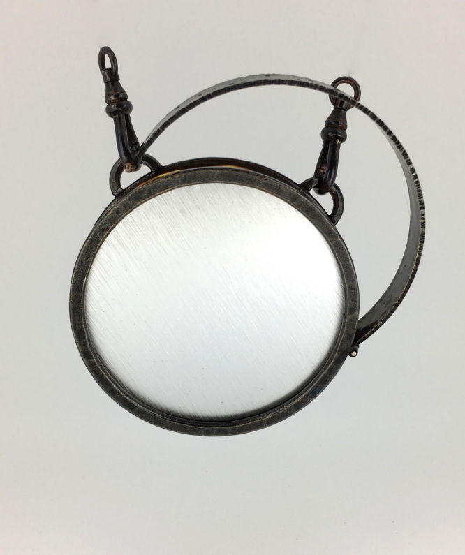 Hinged container pendent